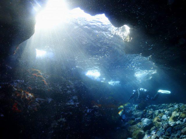 富戸ホール 洞窟